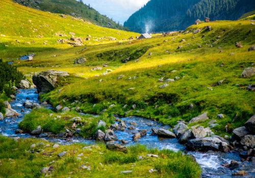 eau pure des montagnes
